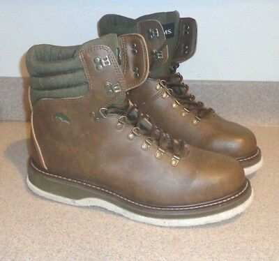 8198be091c73 SIMMS Brown Leather Felt Bottom Fly Fishing   Wading Boots Men s Size 14  NICE !