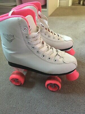 Barely used very comfy girls size 4 us uk 3 Roller skates by roller derby