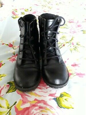Ladies black ankle boots size 3 Immaculate Condition.