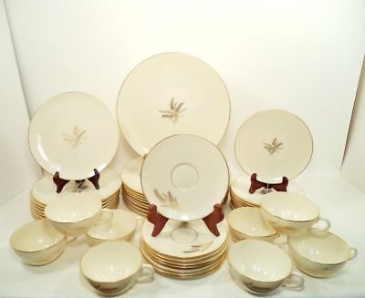 Wheat by Lenox R-442 China USA 40 Pc Service for 8 with 5 pc Place Setting (s)