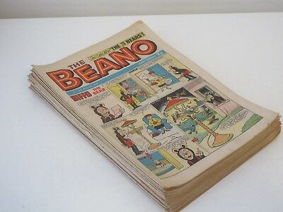 BEANO COMICS X 21 , All from 1972- Very good condition , With Christmas Issue