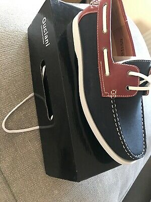 mens boat shoes size 9