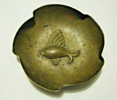 "Guildraft Vtg Arts & Crafts Hand Wrought 3"" Brass Pin Trinket Dish with Fish"