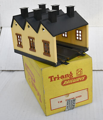 Triang Tt Boxed T28 Engine Shed Excellent
