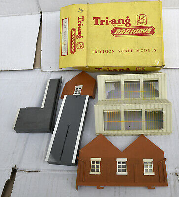 Triang Tt Boxed  Goods Depot