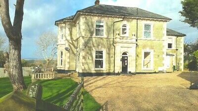 Sleeps 10 Self Catering Holiday Accommodation, Isle of Wight, UK 29-31 March