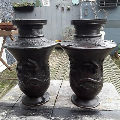 ANTIQUE 19c BRONZE JAPANESE PAIR OF VASES MEIJI PERIOD MARK ON BASE