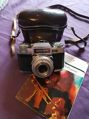 Beautiful Vintage Zeiss Ikon super bc Contaflex synchro 35mm Camera SLR