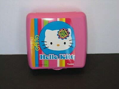 Tupperware Hello Kitty Sandwich Keeper Hinged Easy-Open Tab Pink S&D New*