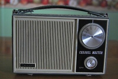 Vintage Channel Master Model 6210 Solid State 6 Transistor AM Radio 1960's