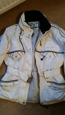 b7a73bdbc66f LADIES VINTAGE SKI jacket and pants by Lilly Farouche. Blue. Size 2 ...