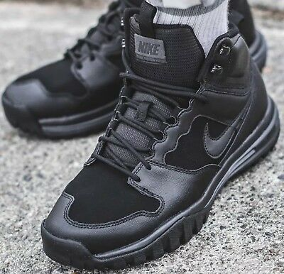 reputable site 24cf5 78440 Nike Dual Fusion Hills Mid Leather Mens Walking Trainers Size 9 UK. 695784  004