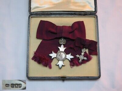 Original Pair of WWI  MBE Solid Silver Medal & Presentation Case Garrard of Lon