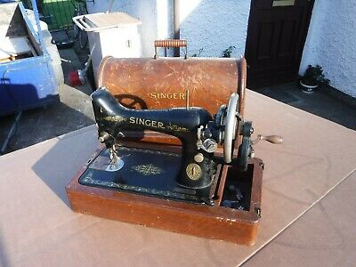 Antique   Singer Cased Sewing Machine.  F7165103