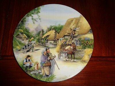 Royal Doulton Collectors Plate THE THATCHER - OLD COUNTRY CRAFTS