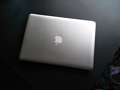 mac book pro 2012, No harddrive, Includes Charger.
