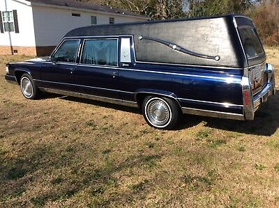 """1991 Cadillac Brougham  1991 5:7 LO5/LLO V8 BROUGHAM HEARSE altered by""""SUPERIOR COACHES"""""""