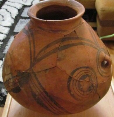 Great pot with a pattern Trypillian culture 3200-3150 BC (restoration)