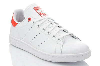 chaussure de sport adidas stan smith