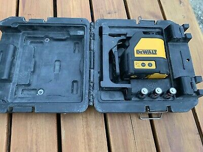 Dewalt DW088 Cross Red Laser Level With Bracket And Box