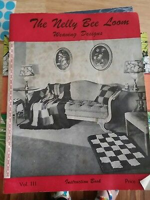 THE NELLY BEE LOOM Instruction Book Weaving  Designs 31 pages 1945