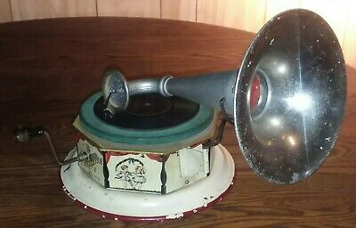 Vtg Antique Bing Tin Litho Wind Up Toy Bingophone Horn Phonograph Record Player