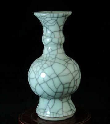 Old Chinese Collection Ge Kiln Porcelain Cracked Glaze Porcelain Vase 01 B02