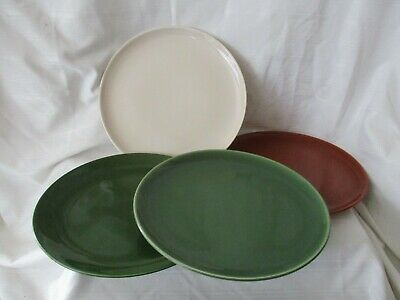 Ballerina Universal Potteries Union USA lot 4 med dark green ivory dinner plates