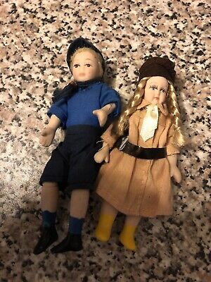 Dolls House Brownie And Scout Porcelain Figures 1/12th