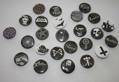 Versch. Button Deathrock Gothic Batcave Sex Fiend Christian Death Horrorpunk