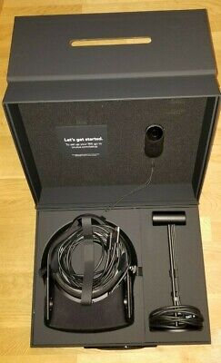 Oculus Rift Cv1 Virtual Reality Headset - all original almost never used