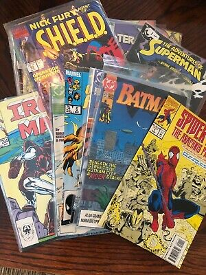 Lot of 25 Different DC Marvel Comic Books Spiderman Iron Man   MORE VG condition