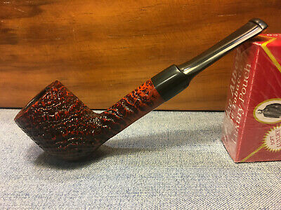 Rusticated H.I.S Billiard Briar Estate Pipe