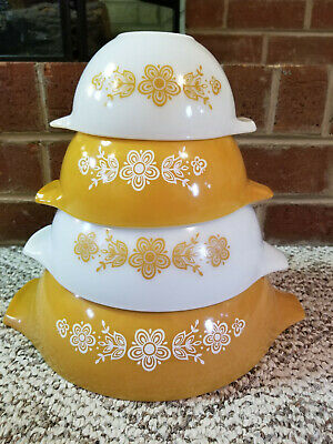 Vintage Pyrex Butterfly Gold Set Of 4 Nested Cinderella Mixing Bows SUPER NICE!