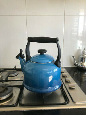Le Creuset Traditional Kettle - Marseille Blue - 16 months young!