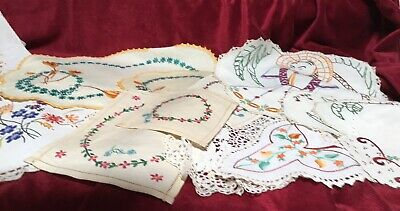 Bulk Lot - Vintage Embroidered Table Linen - 20 Piece Variety In Good Condition.