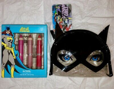 DC Comics Soho Cosmetic Batgirl Novelty Makeup Bag   Lip Crayon Set NWT 9d94a73bc3