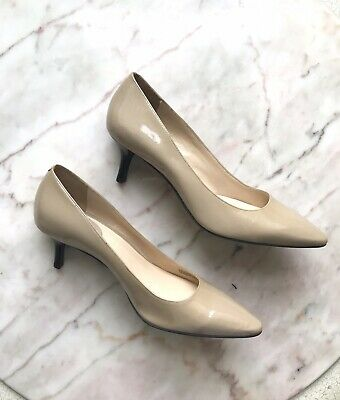 60d37ee0e55 COLE HAAN BEIGE Nude Patent Leather Pointed Toe Kitten Heel Pumps Sz 9.5 B