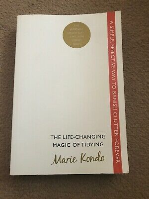 The Life-changing Magic of Tidying: MARIE KONDO simple way to banish clutter