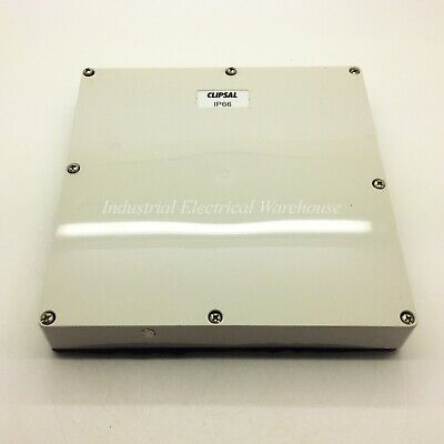Clipsal Mounting Enclosure Lid 4 Gang Plastic Grey 192 x 192 x 28mm 56L4 NNU