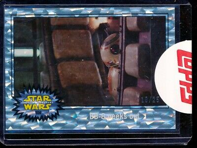 2015 Topps Star Wars The Force Awakens 104 BB-8 Peeks Out Refractor 10/25