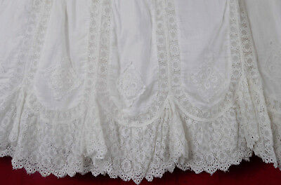 LOVELY Antique Petticoat Scalloped Lace Festival Skirt Tightlacer XXXS Victorian