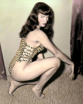 "BETTIE PAGE FETISH MODEL QUEEN OF PINUPS 8x10"" HAND COLOR TINTED PHOTOGRAPH"