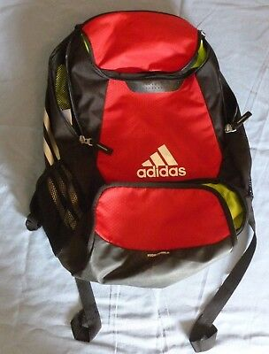 f35db71009a5 ADIDAS STADIUM TEAM Backpack University Red One Size Zippered Ball ...