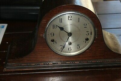 Antique/ Vintage Wooden Mantle Chiming Clock 5 Chimes With Key And Pendulum