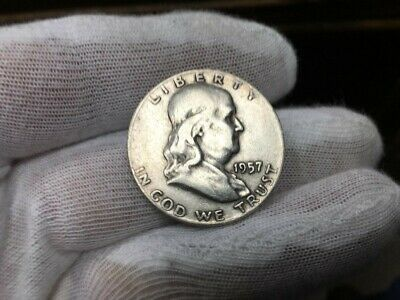 1957-D Franklin Half Dollar 90% SILVER  VERY NICE COIN SEE PICTURE  (LOT D)
