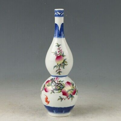 Chinese Porcelain Hand-painted Peach tree Vase   MY0652