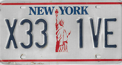 1986 Iconic New York Statue Of Liberty License Plate  #   X33  1Ve  (Gtc)