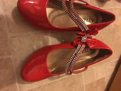 Girls Red Patent Shoes Size 1 Ajvani