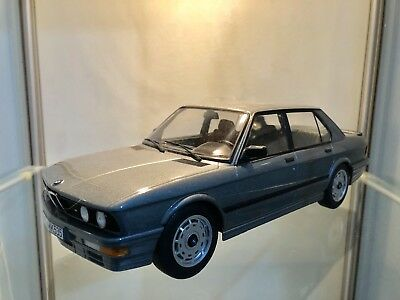 BMW E28 Phase 2 - 1:18 - M535i - Shadow Line @ 528i 524 Tds M5 - No Otto